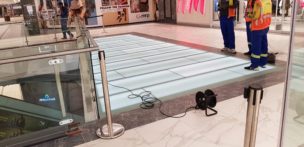 Eastgate Mall glass floor